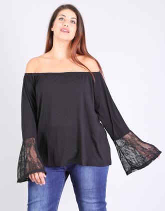 Έξωμη μπλούζα για μεγάλα μεγέθη με δαντελέ καμπάνα μανίκι 5a07f4fd92e