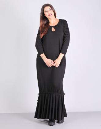 Μάξι φόρεμα για μεγάλα μεγέθη με βολάν στον ποδόγυρο 5c7ab0b735c